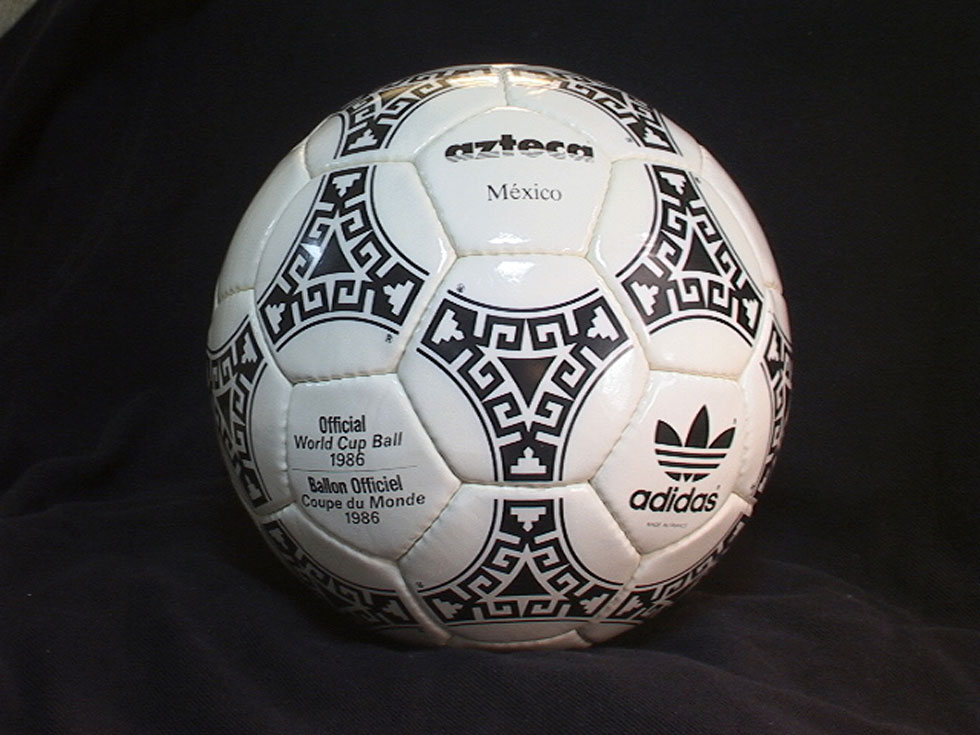 made-in-france-2-fifa-world-cup-1986-mexico-adidas-azteca-official-match-ball-soccer-football.jpg-1381460280a