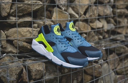 Nike Air Huarache 'Space Blue'