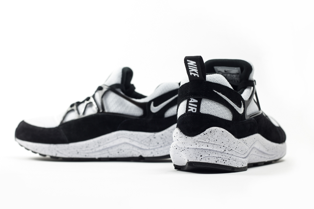 nike air huarache light mens white