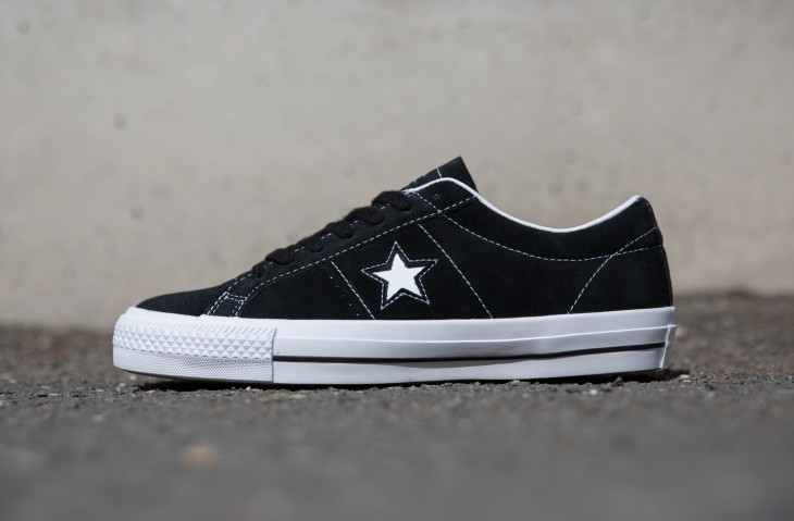 converse one star black cherry