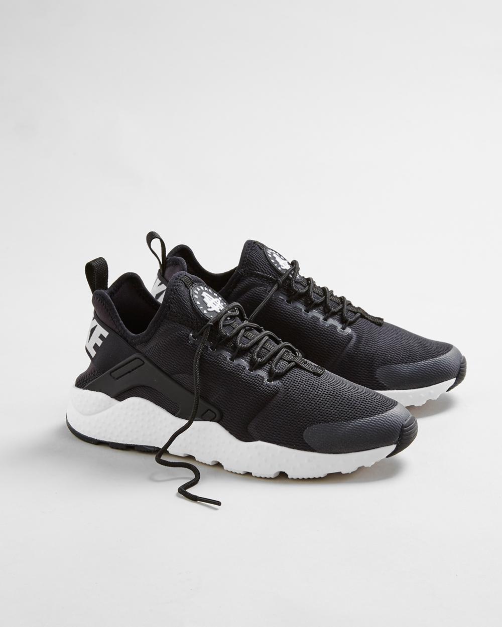 black nike huarache ultra womens