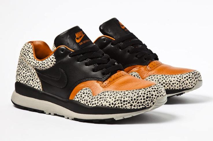 Nike Air Safari QS pack