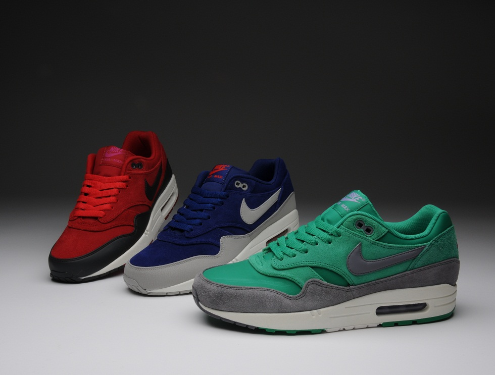 Air Max 1  Holiday Pack  - size  blog ee6bc1ca499d