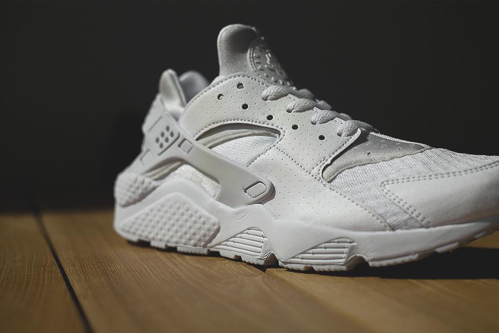 Nike Air Huarache 'Platinum White