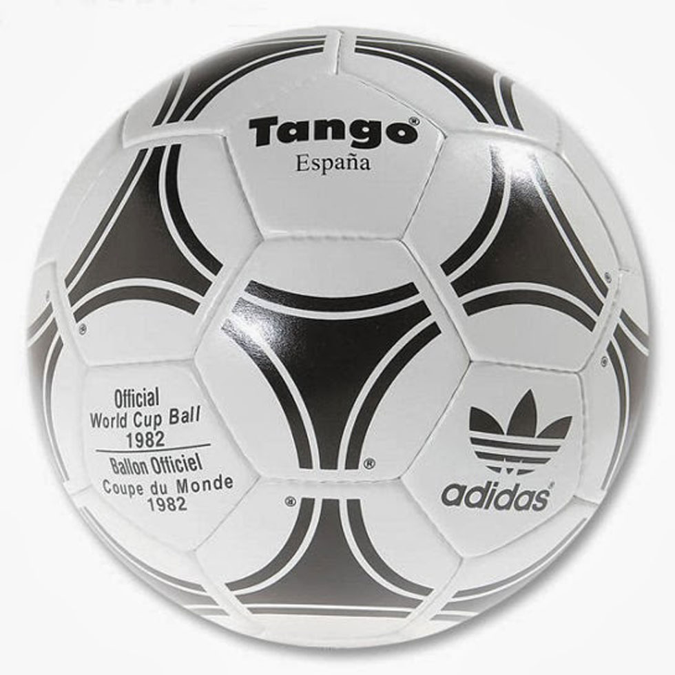 Reprimir tempo capitán  The history of adidas FIFA World Cup match balls - size? blog