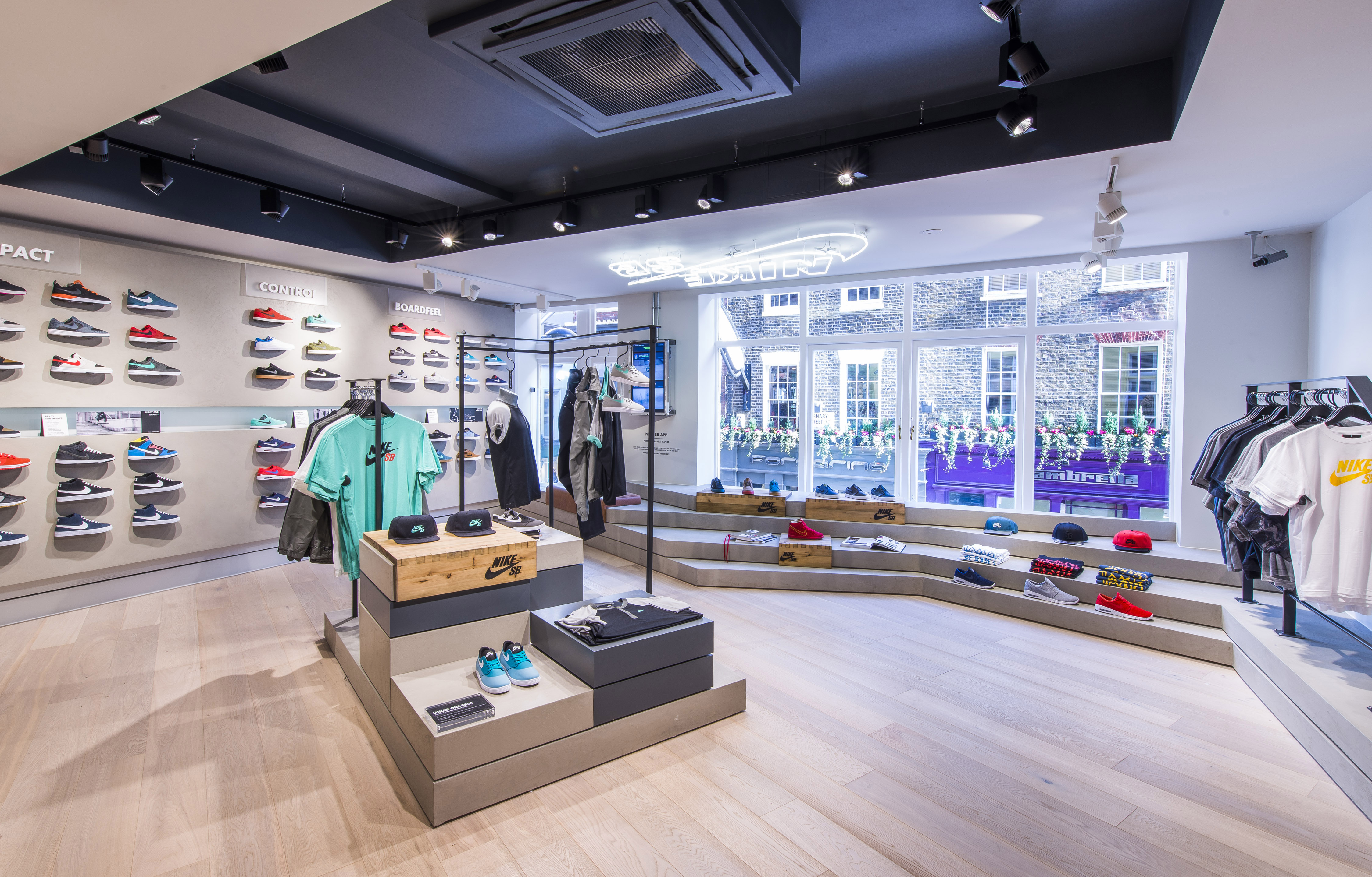Nike_SB_Size_CarnabySt_26.02.14-031
