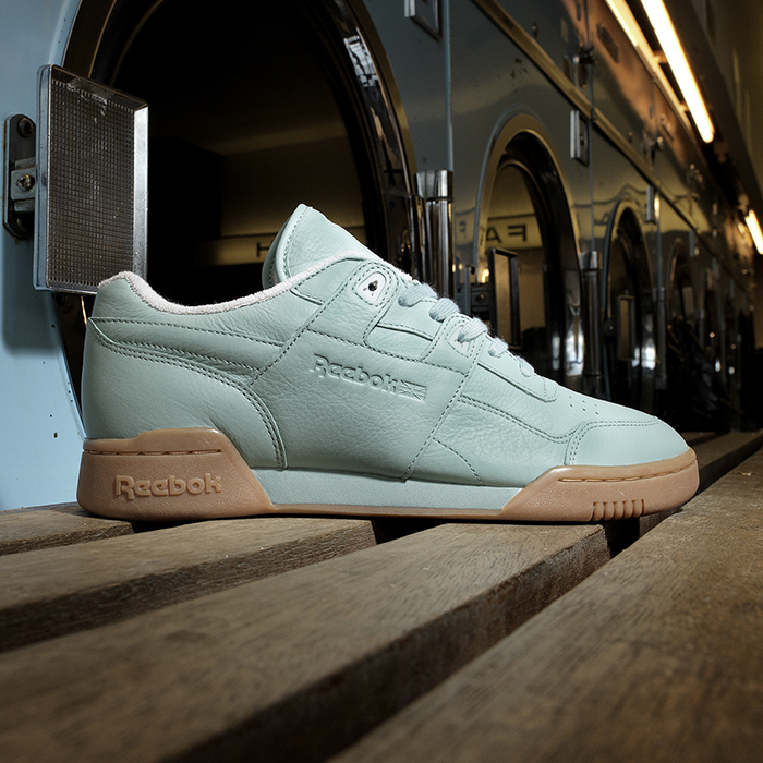 Reebok_Tumbled_Leather_Single_light_Sq