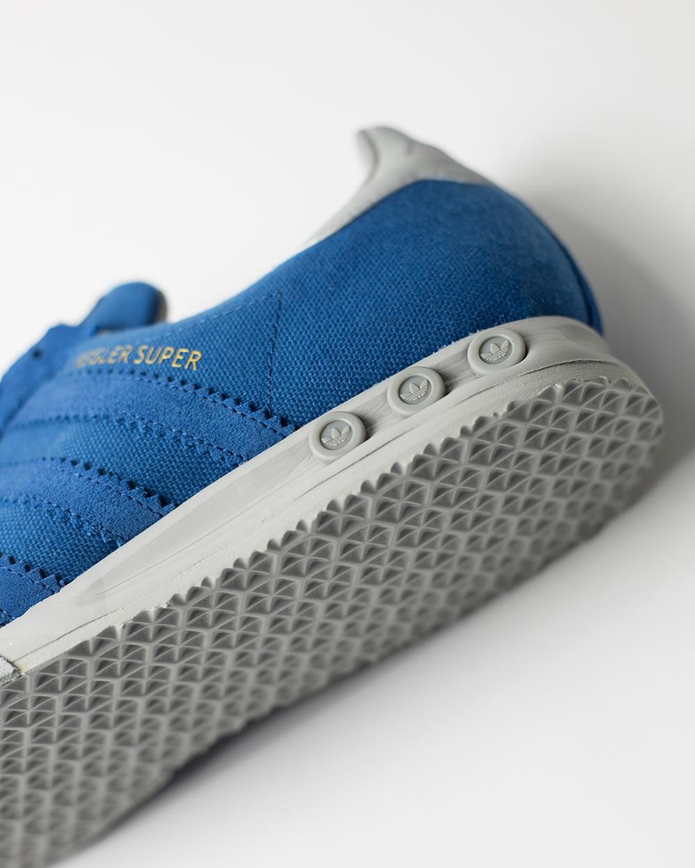 detail_blue_1