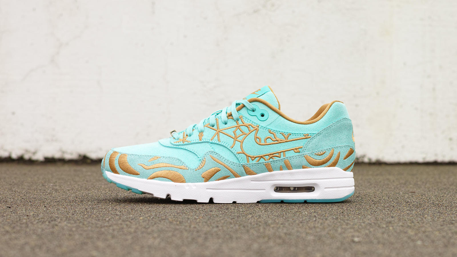outlet store 9bb85 c6f12 AirMax1LookoftheCityParis1hd1600. Nike Air Max ...