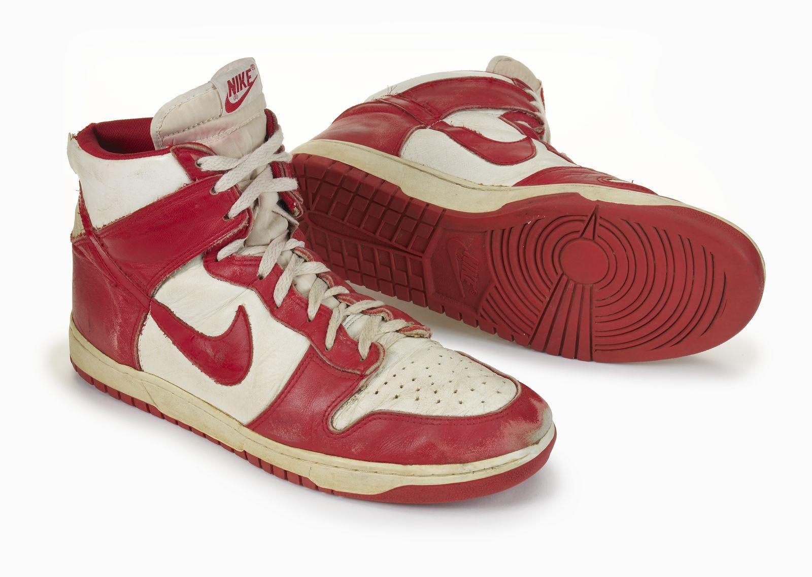 abd378aeefc5 Nike Dunk High Retro - Be True to Your School - size  blog