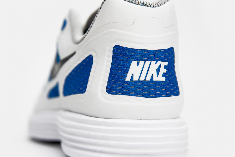 1553b6a11f81 Nike lunar flow size-1 Nike lunar flow size-7 Nike lunar flow size-6
