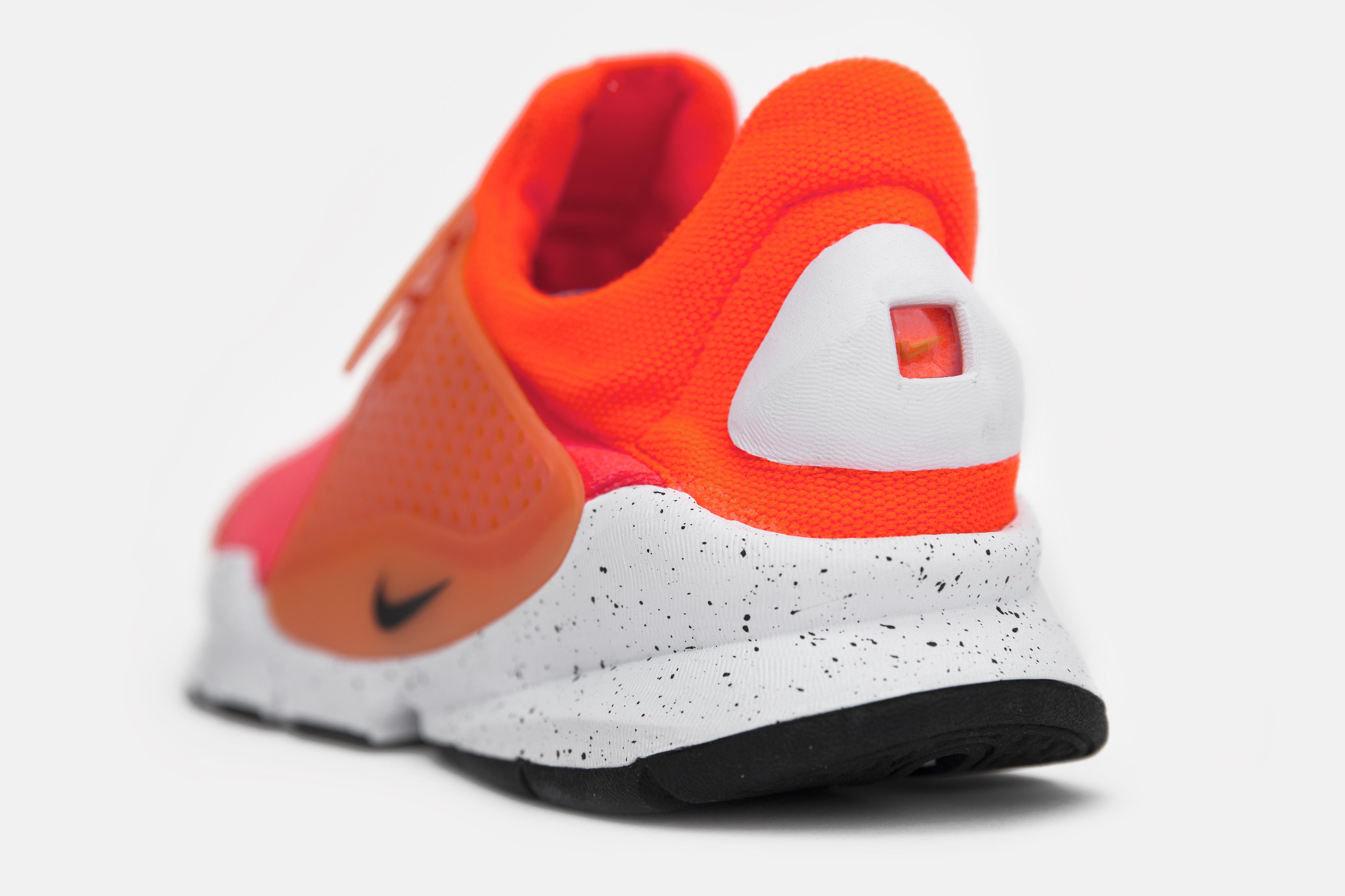 Nike_sock_dart_crimson_blue_size-10