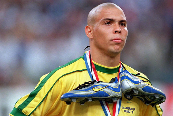 1998 World Cup Final, St, Denis, France, 12th July, 1998, France 3 v Brazil 0, Brazil's Ronaldo stands dejected at the end with silver boots and silver medal  (Photo by Popperfoto/Getty Images)