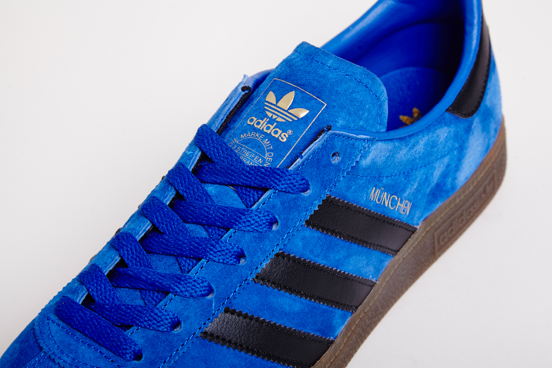 size_exclusive_adidas_originals_archive_Munchen-2