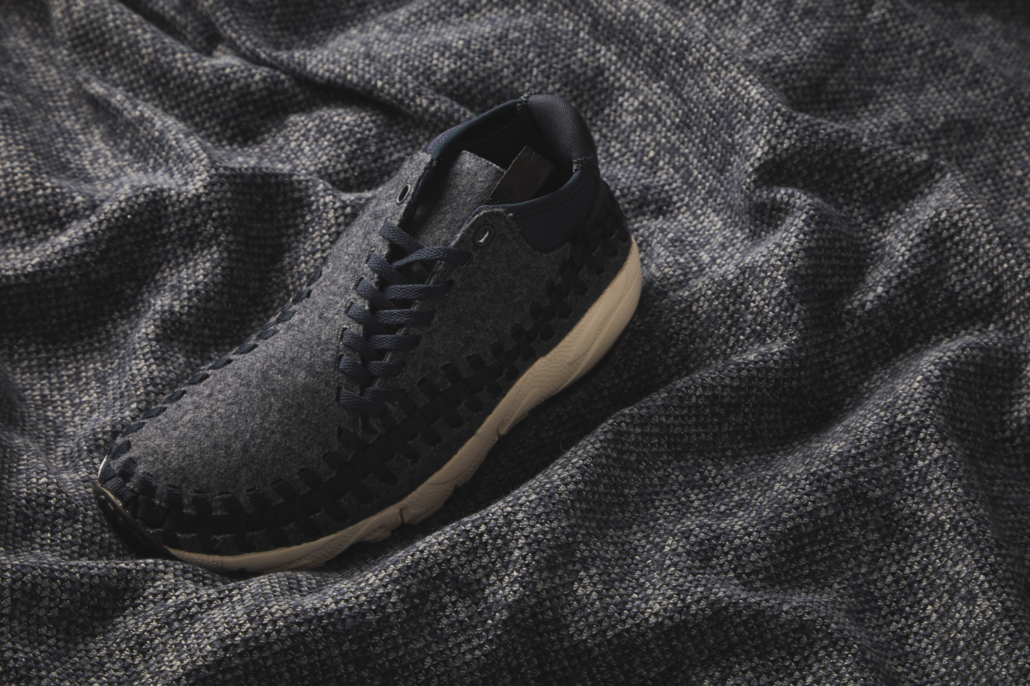95fee1c9711e1 Nike Air Footscape Woven Chukka - size  blog