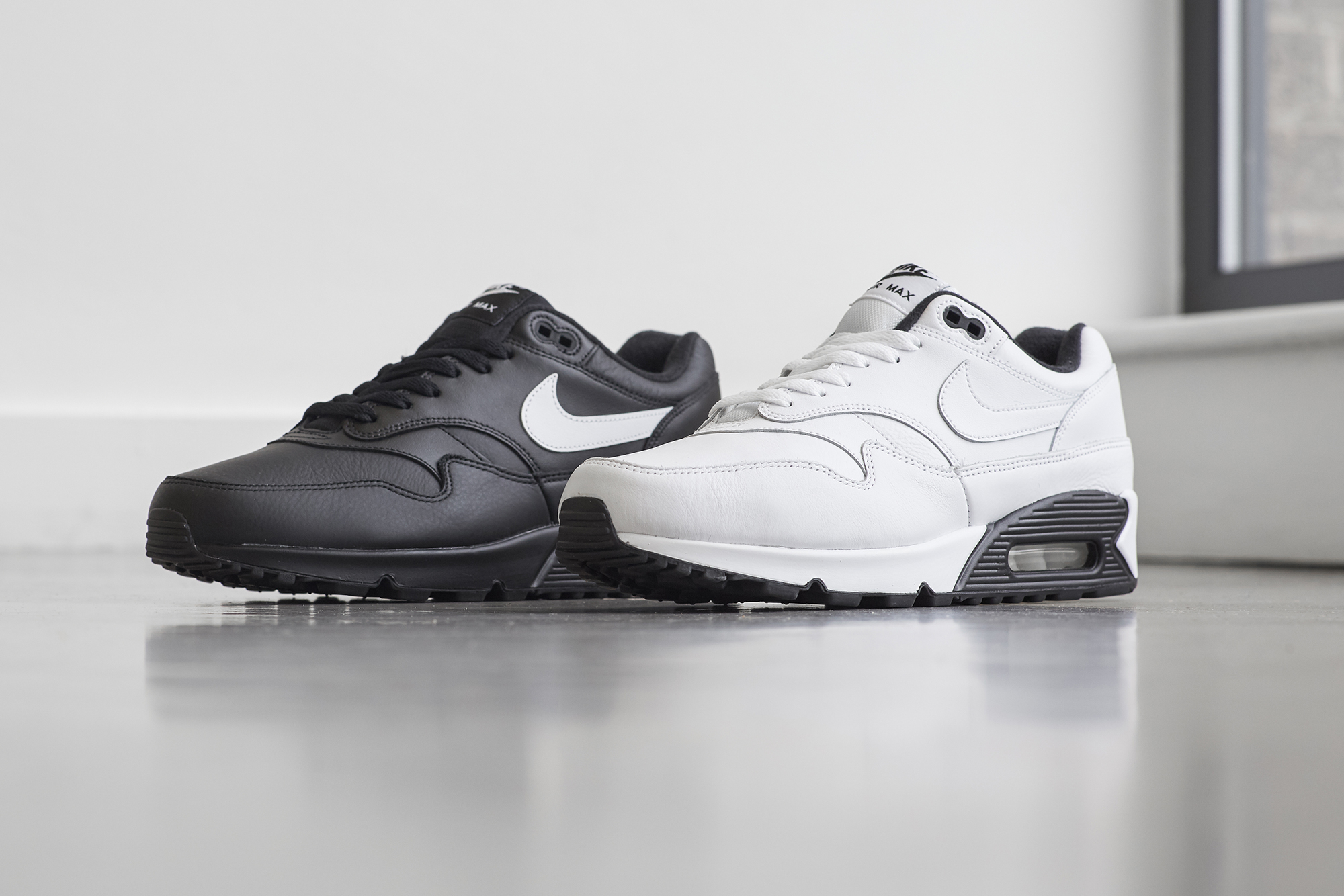 sneakers for cheap 727ee b3764 Nike Air Max 90 1 Hybrid  Black and White