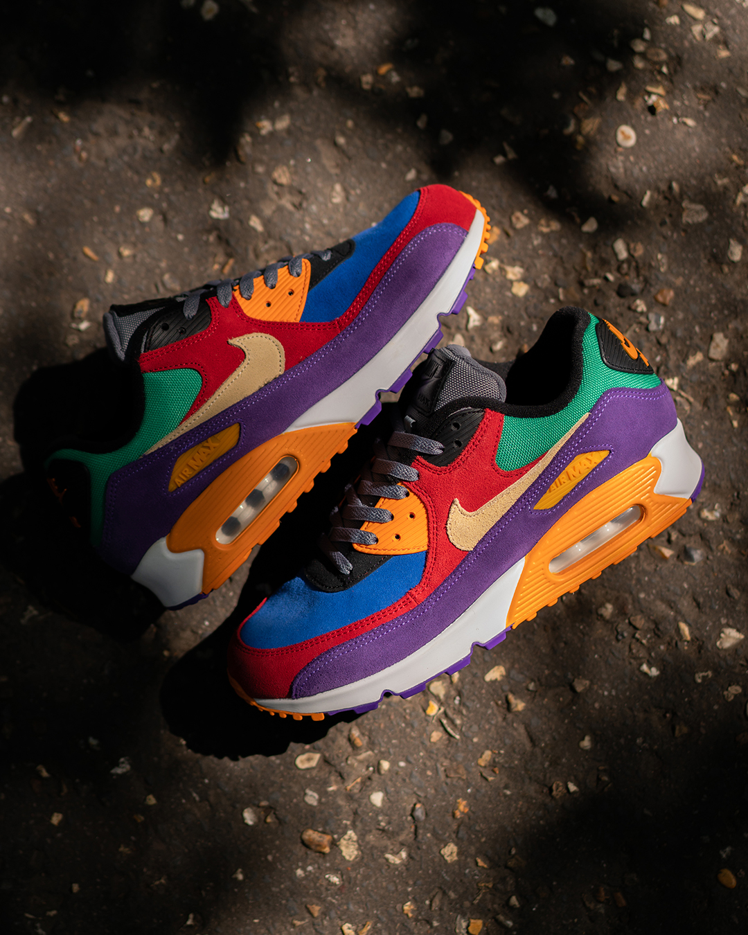 Nikes Air Max 90 Receives The 'Viotech' Treatment Once More