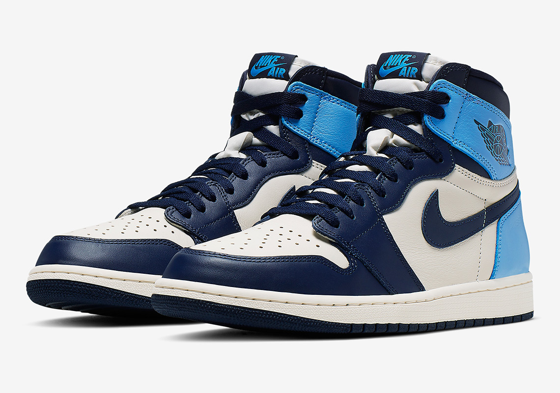 "Air Jordan 1 Retro High OG ""UNC"""