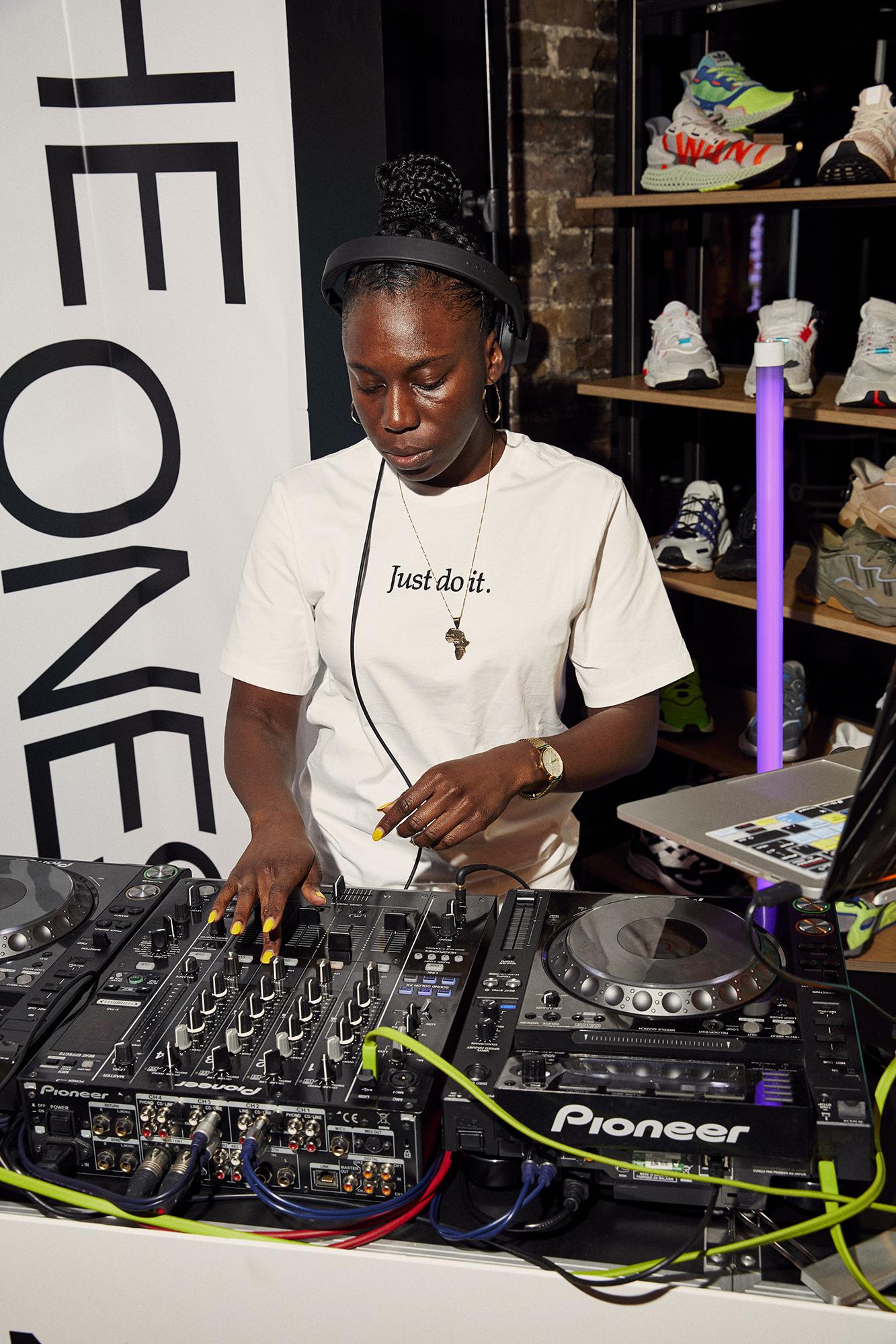 Miraa May - size? sessions Carnaby Street Raechel Hanson DJ