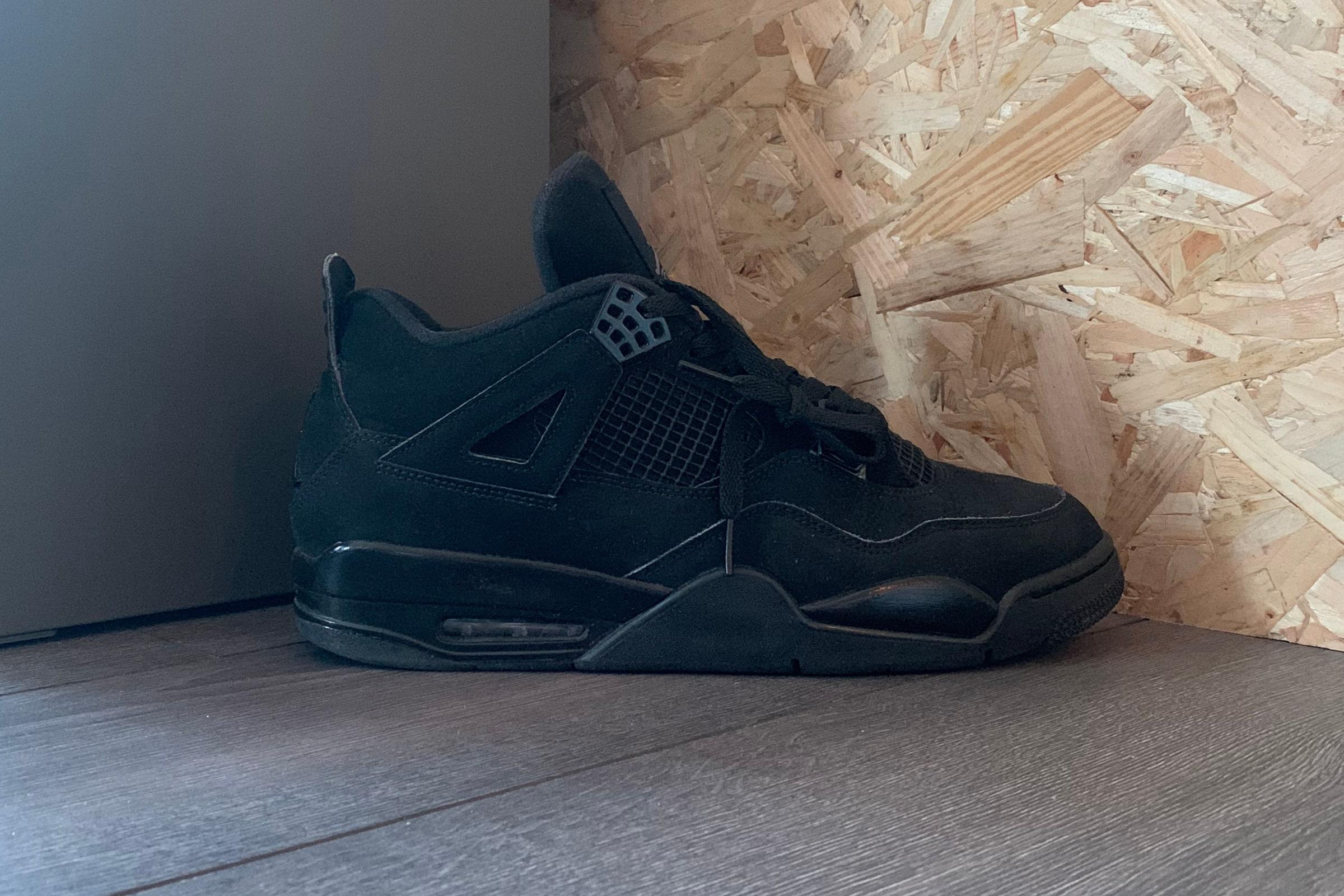 Nike Air Jordan 4 'Black Cat' - 2020