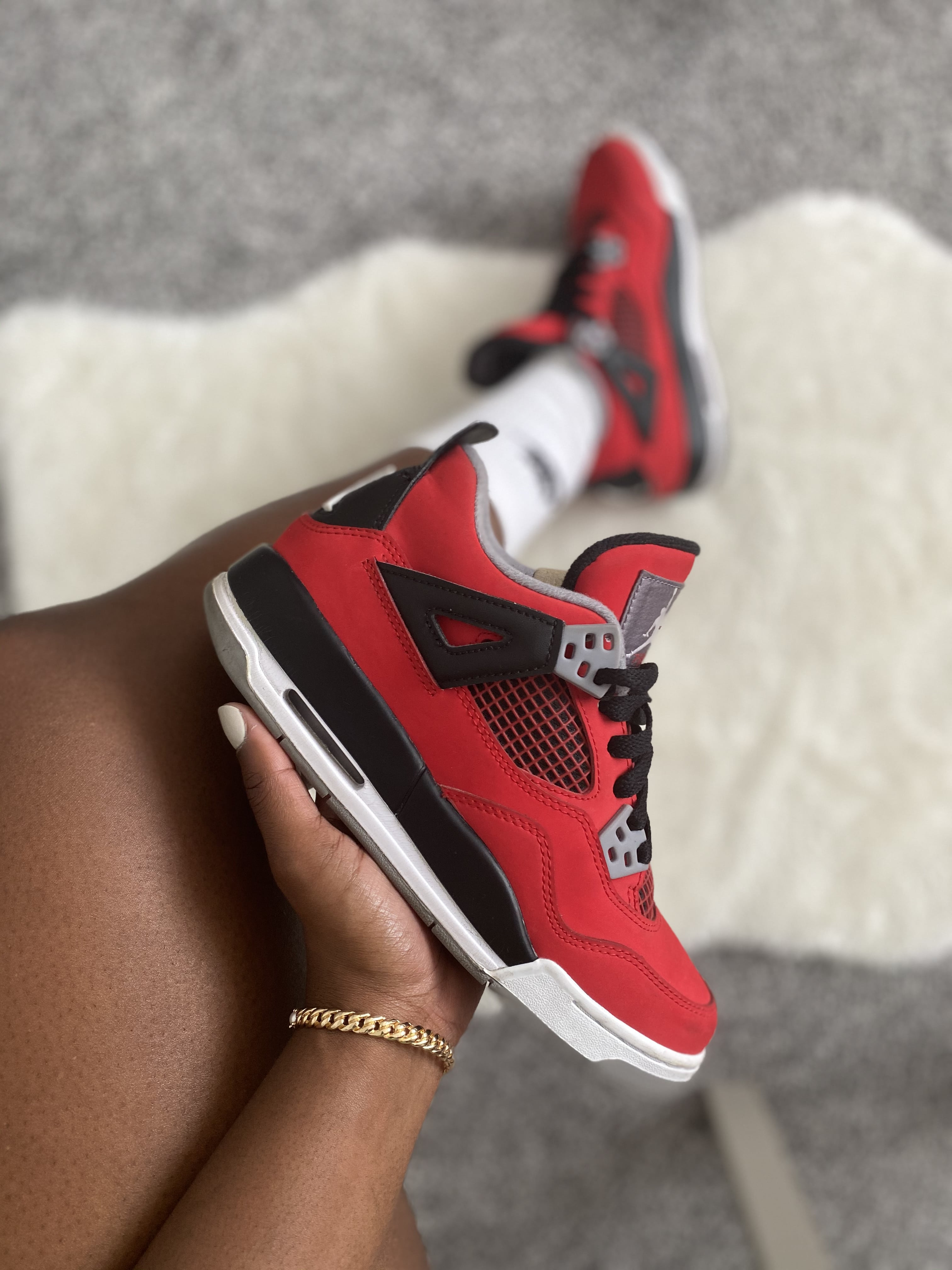 Nike Air Jordan 4 'Toro Bravo' - 2013