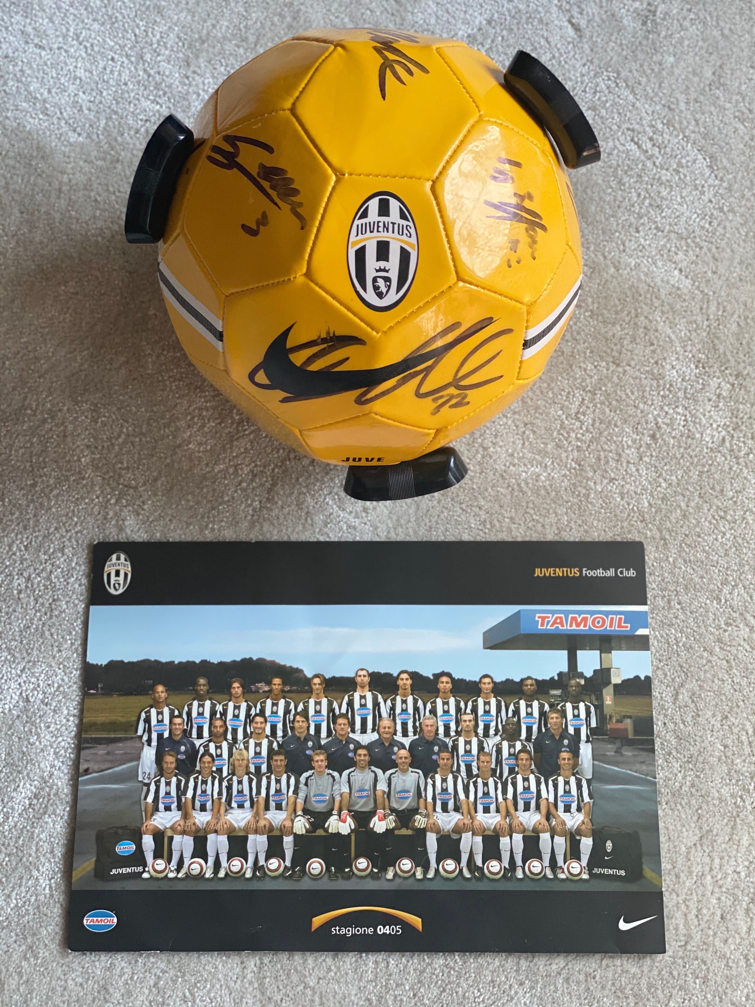 Signed Juventus football and 2004/05 team photo