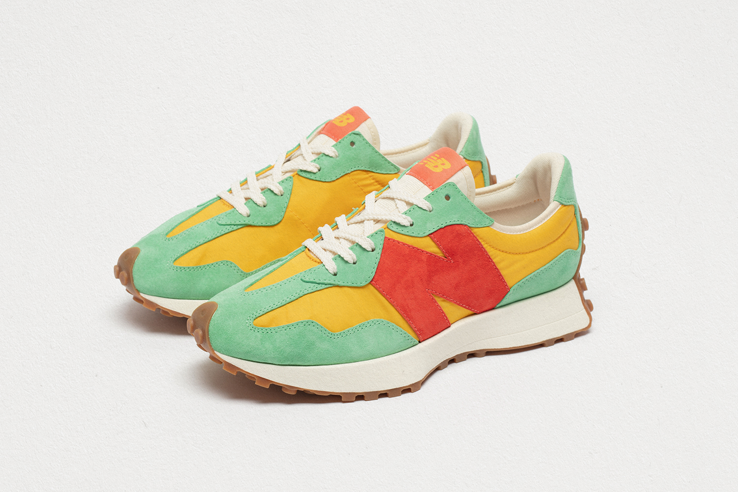 New Balance 327 yellow/green/orange  - size? exclusive