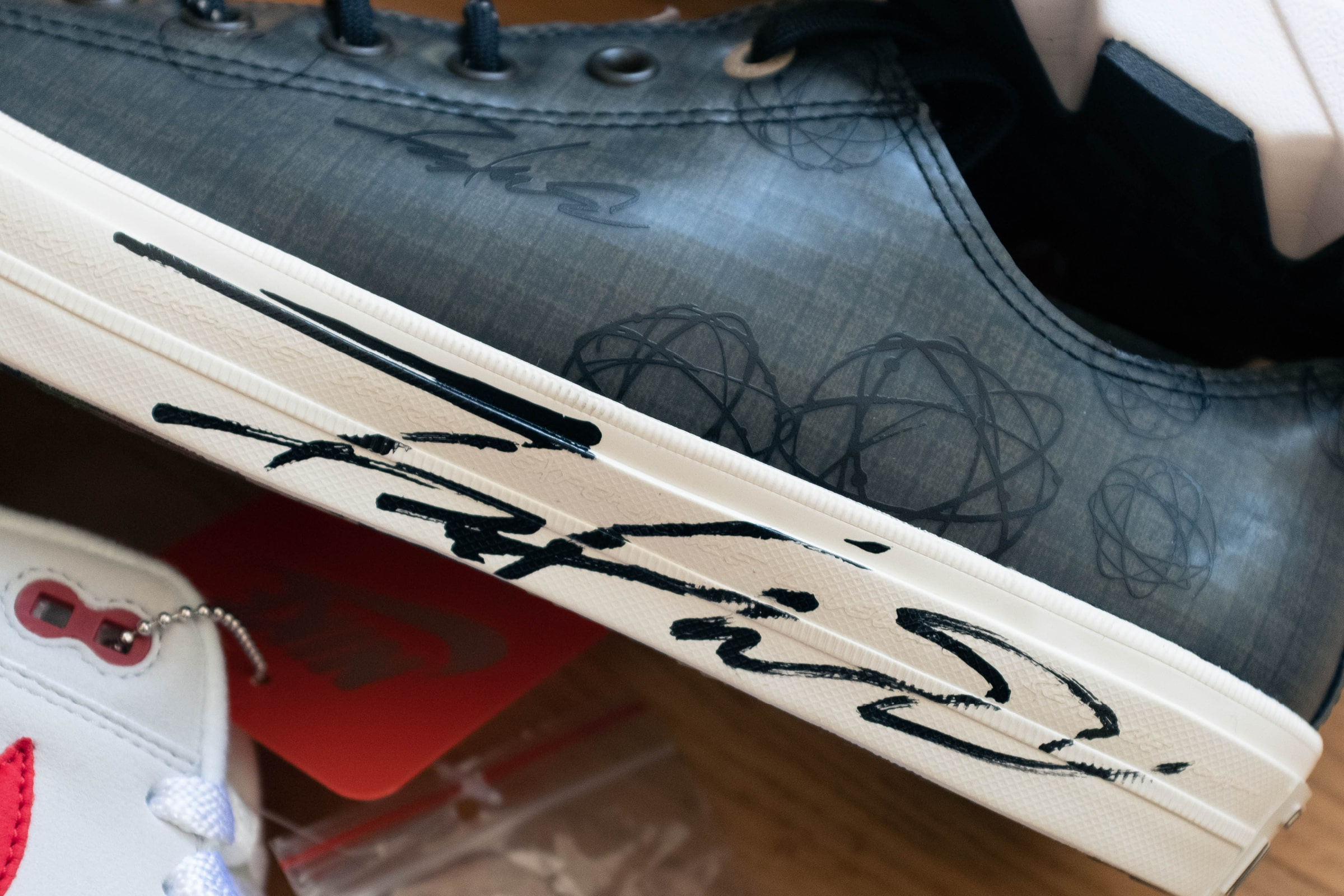 Futura x Converse Chuck Taylor All-Star Low - signed by Futura