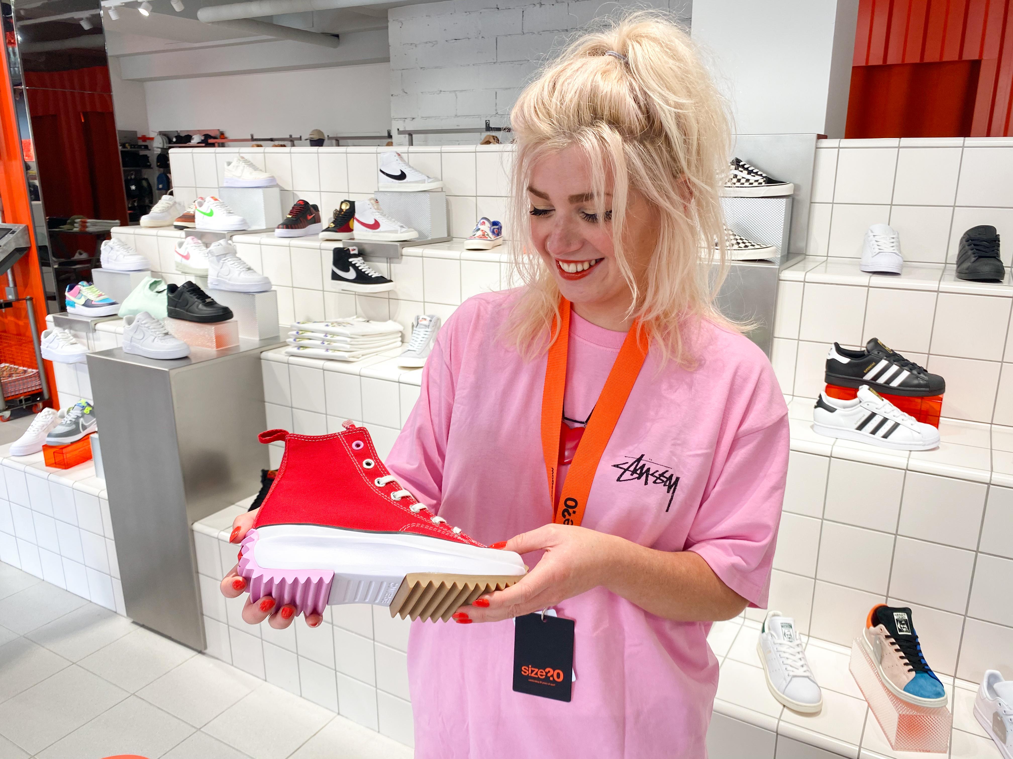 Streetwear & size? Experts with size? Glasgow's Jess
