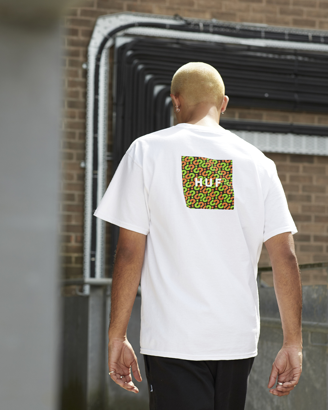 size? x HUF T-Shirt