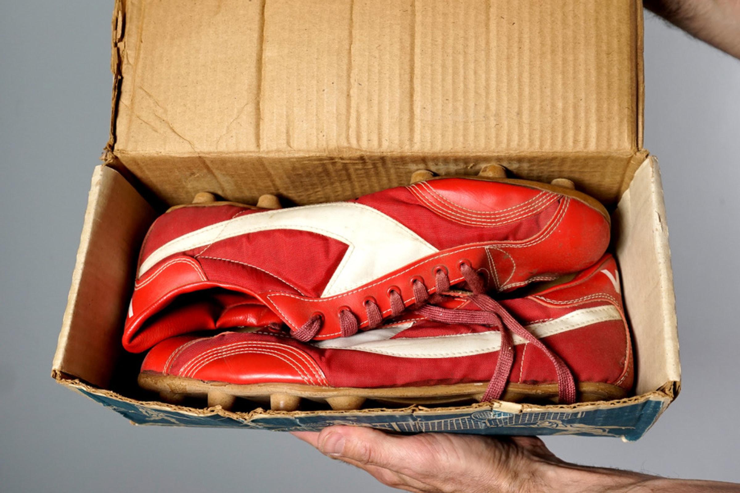 Vans football boots