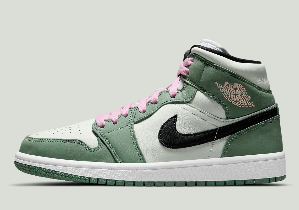 Check out the Air Jordan 1 High SE 'Dutch Green'