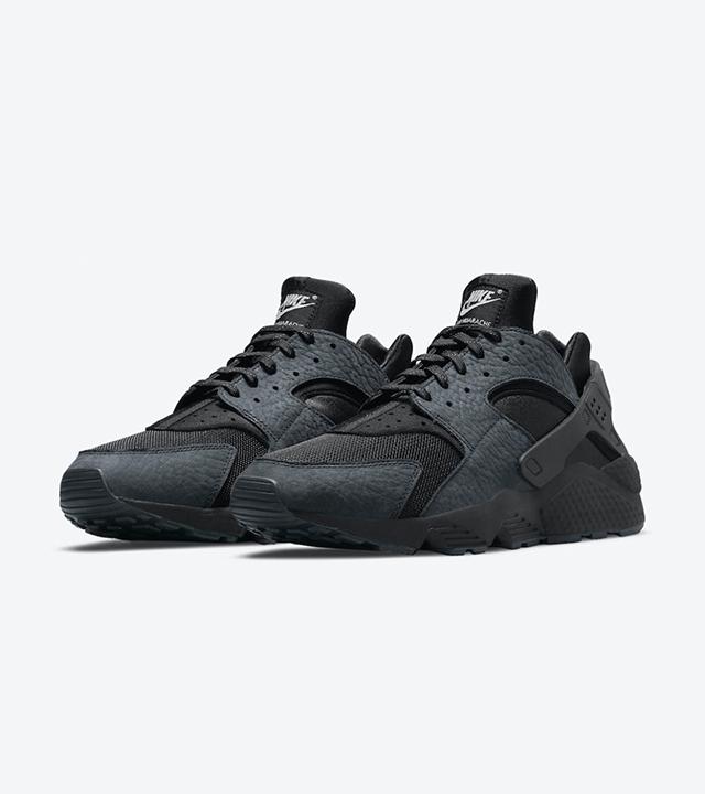 An all-black Nike Air Huarache is here