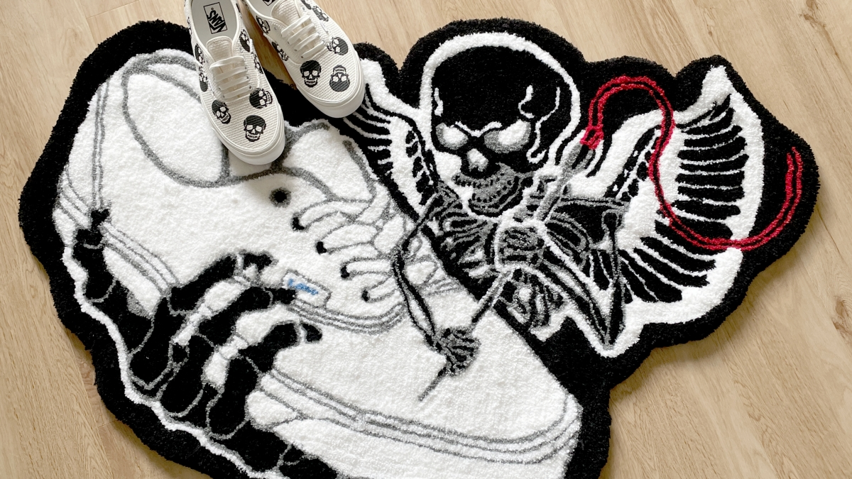 First up in our latest Vans Needlework series is @curriegoat