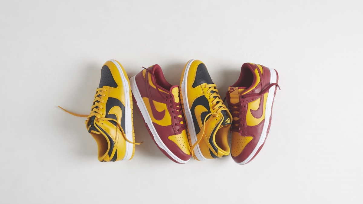 The Nike Dunk Low receives two classic team colourways